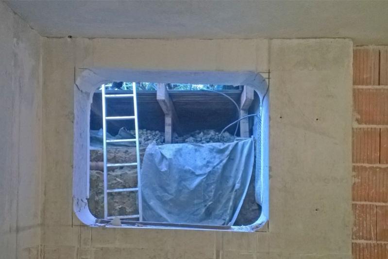 Wohnhauserweiterung durch Kellerausbau Obertraubling, Lichtschacht von innen