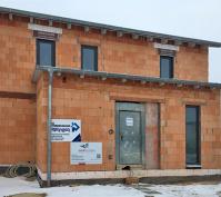 Einfamilienhaus Mit Doppelgarage In Köfering, Landkreis Regensburg, Bauphase Eingangsbereich