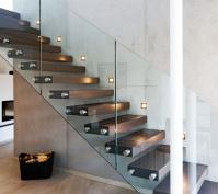 Neubau Einfamilienhaus In Thalmassing, Landkreis Regensburg, Innentreppe Mit Glasfront
