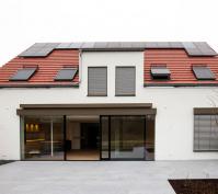 Kettenhaus In Burgweinting, Stadt Regensburg, Aussenansicht Südseite