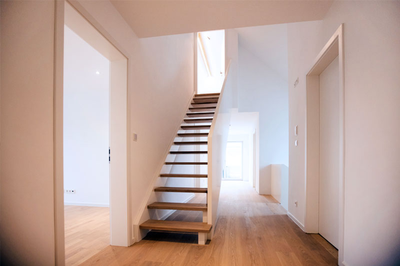 Kettenhaus in Burgweinting, Stadt Regensburg, Treppe zum Studio