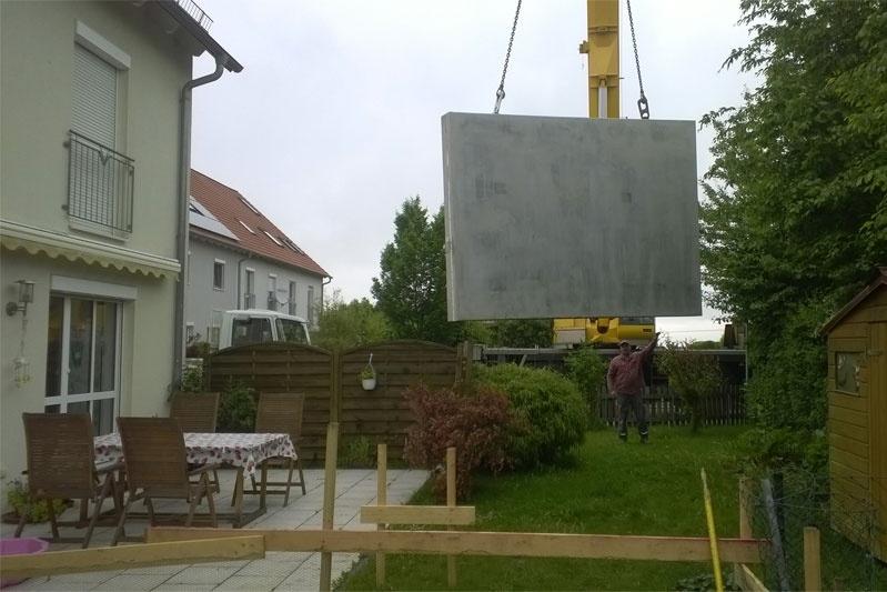 Anbau Wintergarten Oberhinkofen, Anlieferung der Bodenplatte