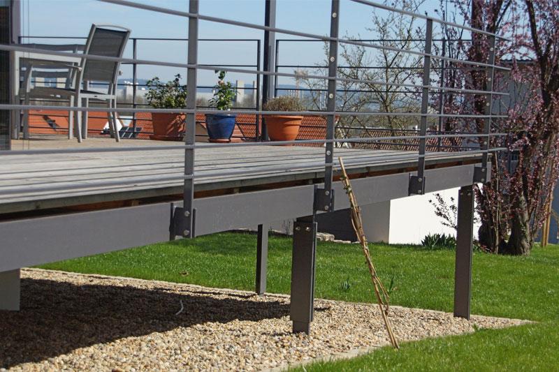 Stahl Terrasse aussenanlagen - merkl architektur